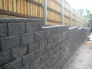 how to build a link block retaining wall